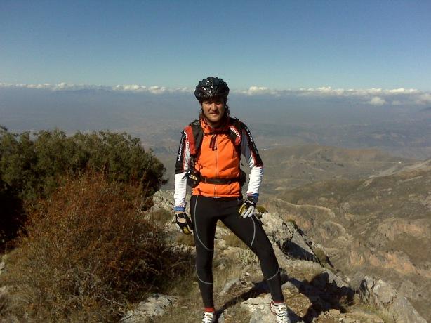 Pepe Balderas en el Cerro de los Poyos